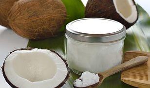 50-latkowie jedli codziennie olej kokosowy. Efekty zaskoczyły wszystkich