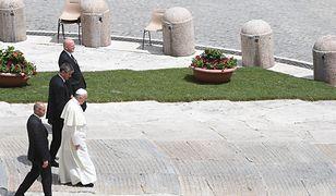 Kokaina i gejowskie party? Kolejny skandal w Watykanie