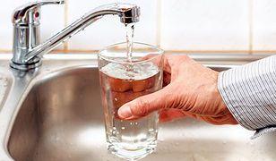Pij wodę i chudnij
