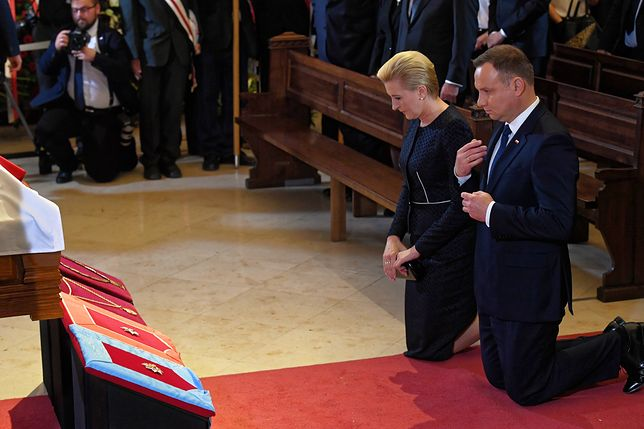 Kuriozalny zarzut Krzysztofa Mieszkowskiego. Razi go, jak prezydent zachowuje się w kościele