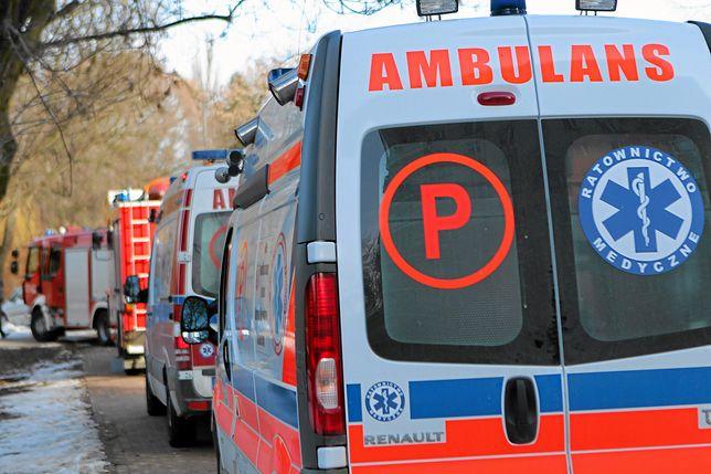 87-letni kierowca prawdopodobnie zasłabł podczas jazdy