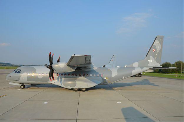 Dron nad lotniskiem wojskowym w Balicach. Miał zrzucić ładunek wybuchowy?
