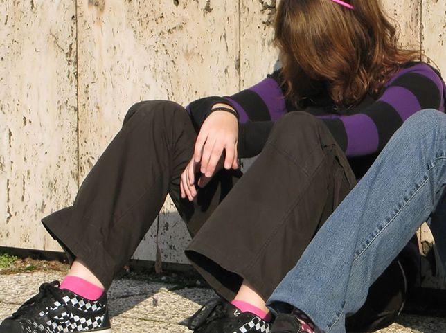 """Tysiące """"zaginionych"""" nastolatków w Wielkiej Brytanii. Alarm ekspertów"""