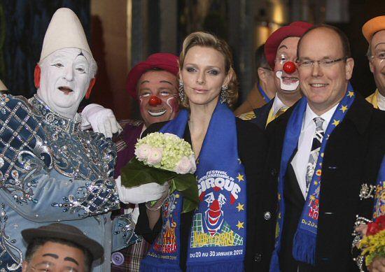 Książę zbratał się z klaunami - zobacz zdjęcia