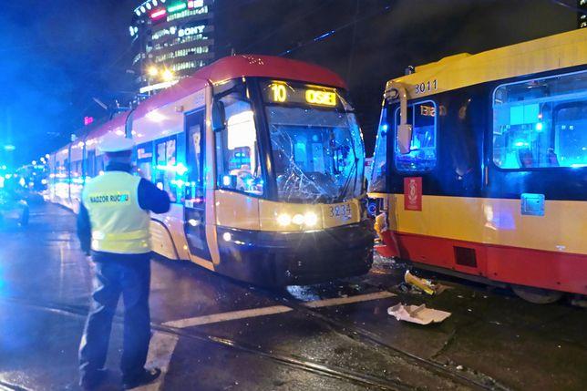 Przy rondzie Kercelak zderzyły się tramwaje linii nr 10 i 20