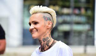 Agnieszka Chylińska i jej zielony irokez. Pokazała nową fryzurę