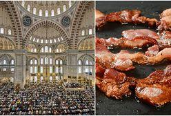 Dwóch Polaków obrzuciło muzułmanów w meczecie bekonem