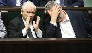 """Jan Krzysztof Ardanowski poda się do dymisji? Minister rolnictwa twierdzi, że Jarosław Kaczyński """"dał się zmanipulować"""" aktywistom prozwierzęcym"""