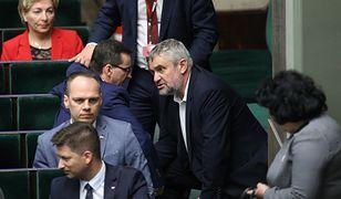 """Jan Krzysztof Ardanowski walczy o pozostanie w rządzie. Wolta ministra rolnictwa ws. """"Piątki dla zwierząt"""""""