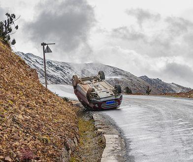 Jesienią i zimą bardzo łatwo o poważną kolizję