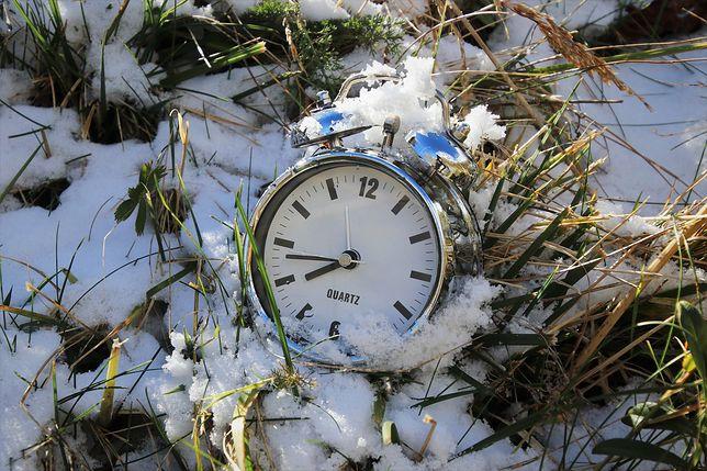 Zmiana czasu na letni w 2021 roku będzie miała miejsce w nocy z 27 na 28 marca