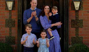 Charlotte i George wrócili do szkoły. Rodzina królewska płaci majątek za ich naukę