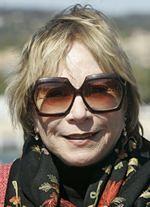Shirley MacLaine matką Bena Stillera