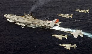Indyjski lotniskowiec INS Viraat