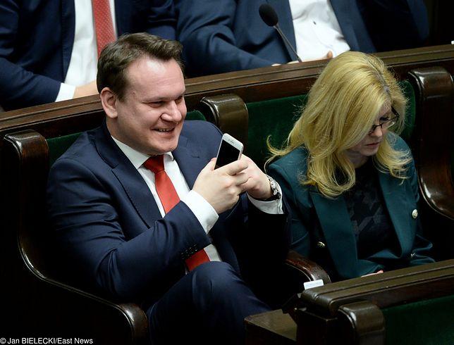 Dominik Tarczyński komentuje przesłuchanie Donalda Tuska.