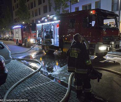 Pożar wybuchł najprawdopodobniej w dolnej części budynku.