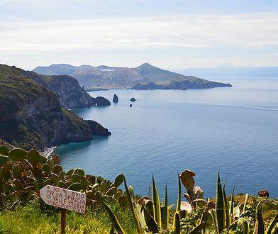 Malownicze sycylijskie wybrzeże z ukrytymi plażami