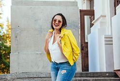Rurki, dzwony, a może marchewy? Jakie jeansy są teraz modne?
