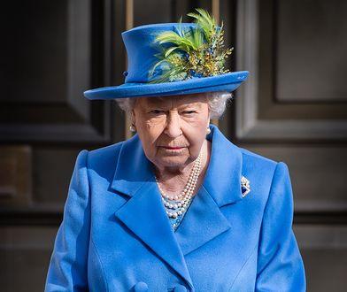 """Królowa zabrała głos w sprawie tragedii. """"Wyrazy najgłębszego współczucia"""""""