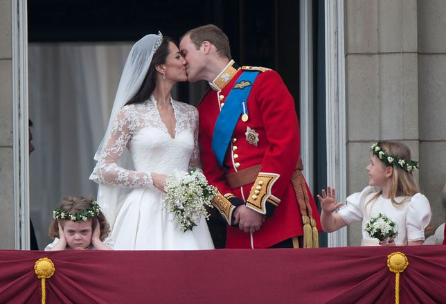"""Kate Middleton i książę William powiedzieli sobie """"tak"""" 29 kwietnia 2011 r."""