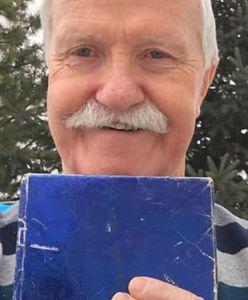 Nie odpakował prezentu od byłej dziewczyny przez prawie 50 lat. Zrobiła to jego żona