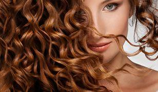 Trwałe loki - poznaj metody, dzięki którym długo będziesz cieszyć się kręconymi włosami