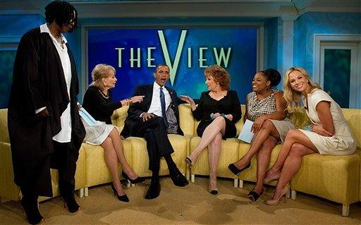 Obama z blond pięknością w talk show