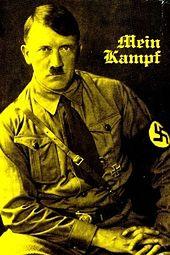 Mein Kampf na świątecznym Targu Pokoju w Rzymie