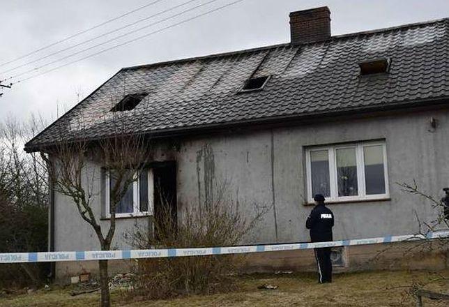 Jemieliste pod Suwałkami. Po tragicznym pożarze zmarły cztery osoby.