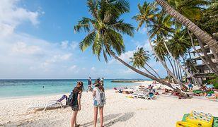 Aresztowana za bikini na plaży. Policja zabrała kobietę siłą z rajskiej plaży