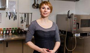 Anna Bocheńska dostarcza posiłki dla osób starszych oraz rodzin w potrzebie.