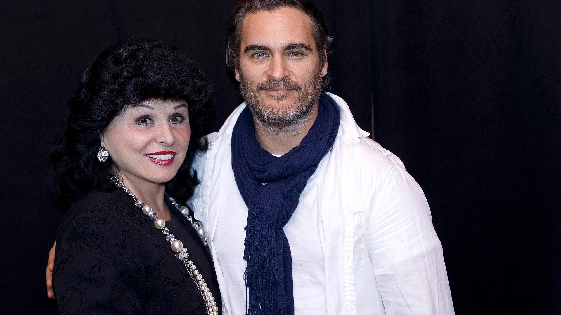 Joaquin Phoenix o roli w Jokerze: Zacząłem od śmiechu