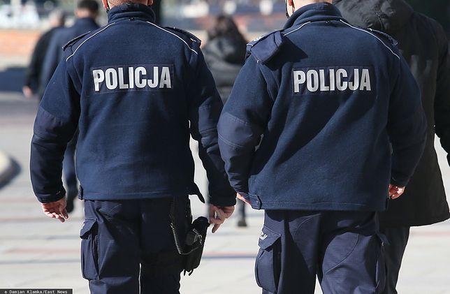 15-letnia podopieczna ośrodka opiekuńczego oskarżyła policjantów o molestowanie seksualne/ Zdjęcie ilustracyjne