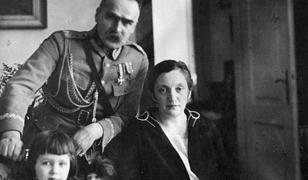Aleksandra Piłsudska, druga żona Marszałka, brała udział w wielu akcjach bojowych, w tym w akcji pod Bezdanami