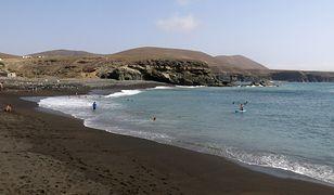 Każdego lata hiszpańskie plaży przyciągają fanów sportów wodnych