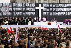 """Koziński: """"Tragedia polityczna. Jak zbiorowa żałoba zamieniła się w oś sporu partyjnego"""" [Opinia]"""