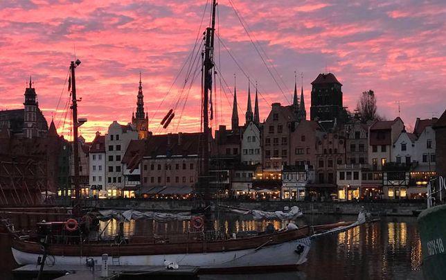 Różowe niebo nad Gdańskiem było sensacją wieczoru