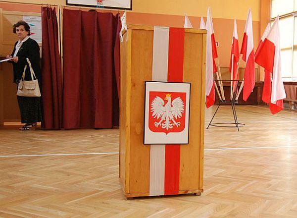 Wybory parlamentarne: PKW zarejestrowała komitety PO i Ruchu Społecznego