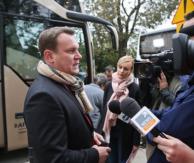 Będą potężne kary za rozpowszechnianie fake newsów? Poseł PiS Dominik Tarczyński chce ustawy