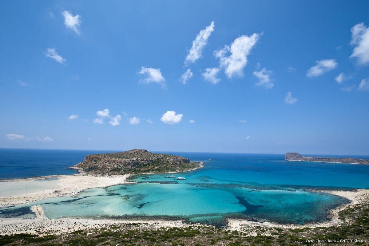 Grecja na wyciągnięcie ręki z PLL LOT. Wybierz kierunek, pakuj się i leć!
