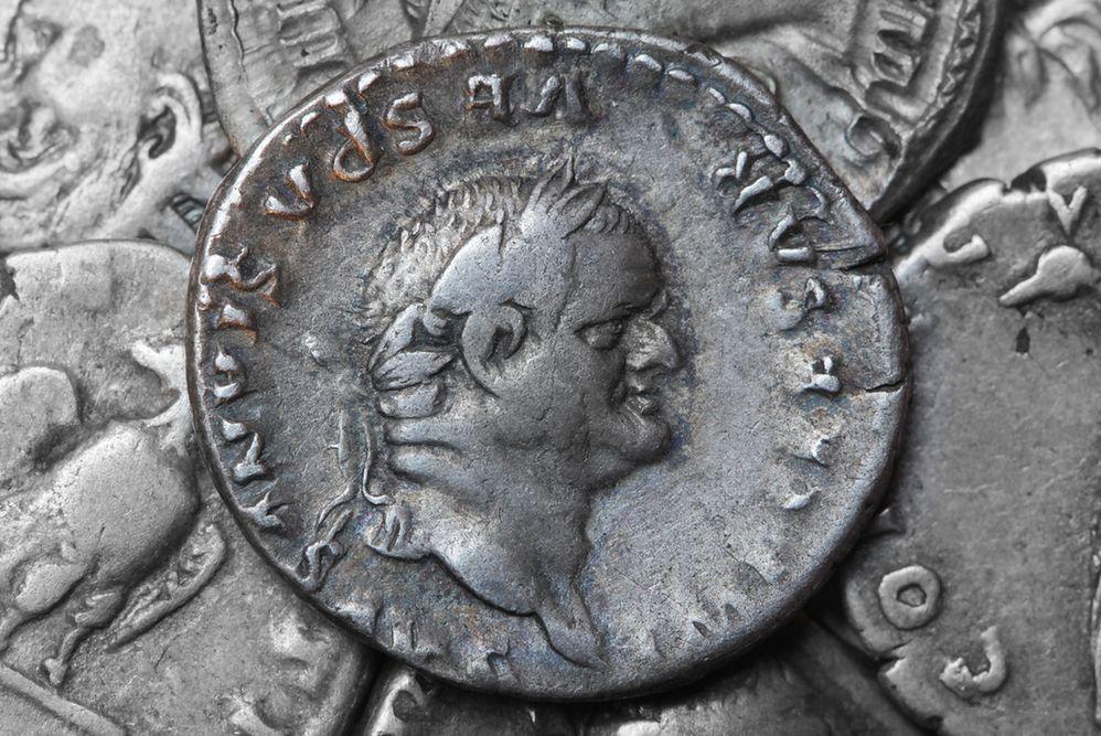 """""""Pecunia non olet"""", czyli skąd się wzięło powiedzenie """"pieniądze nie śmierdzą"""""""