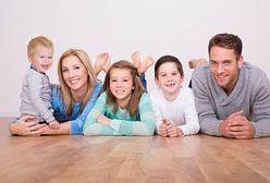 Polskim rodzinom żyje się lepiej. Ale to nie wystarczy?