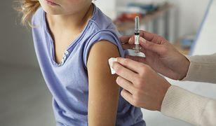 Z powodu powikłań po grypie, w tym sezonie zimowym w USA, zmarło ponad sześćdziesięcioro dzieci