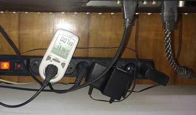 13.1W - tyle mocy potrzeba aby zasilić 3m WS2801 wraz z Raspberry