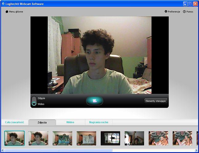 Ekran robienia zdjęć bądź kręcenia wideo. Pod spodem pasek wbudowanej galerii