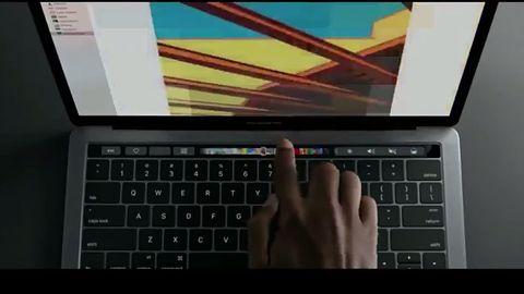 Poza myszkę i klawiaturę: Touch Bar to mały krok w ciekawym kierunku #Mac