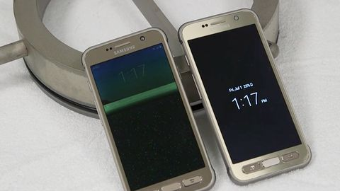 Samsung w tarapatach: S7 Active jednak nie jest odporny na zanurzenie