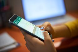 WhatsApp usuwa 2 mln kont spamerów miesięcznie. Znaczenie ma kilka czynników