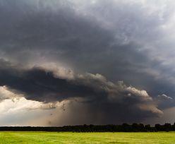 IMGW ostrzega. W 7 województwach burze z gradem, w 2 intensywne opady deszczu