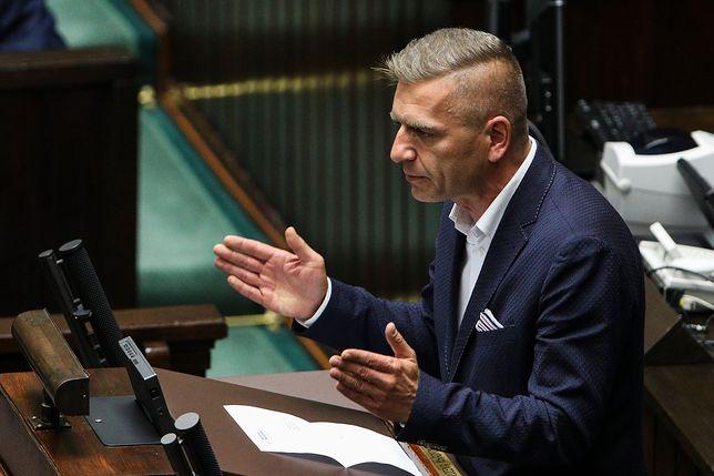 Bartosz Arłukowicz przyznał, że wierzy w siłę kobiet